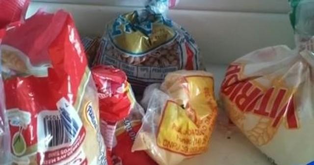 Em Avaré (SP), alimentos estavam em más condições de armazenamento, segundo o TCE — Foto: TCE/Divulgação