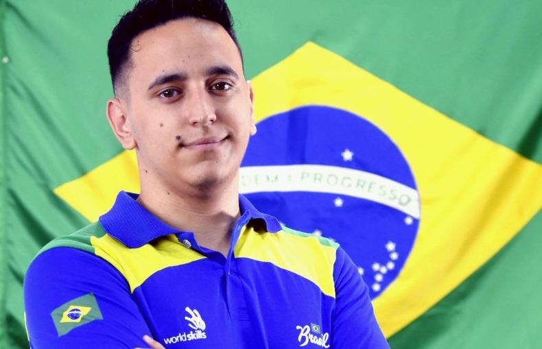 Leonardo Camargo de Souza representa Araraquara em uma competição internacional (Foto: Arquivo/ON)