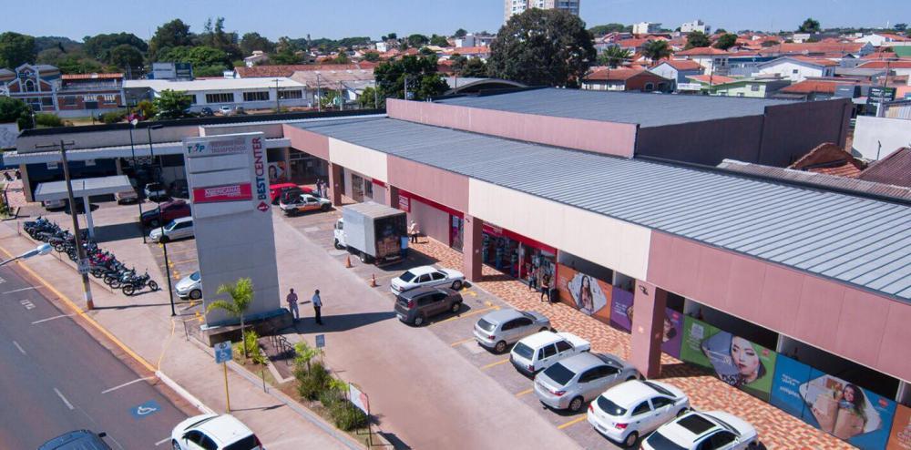 Aumenta o número de contratações nos setores de comércio e serviço em Avaré