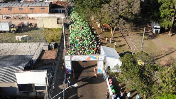 As ruas do centro de Avaré foram tomadas pelos corredores. Foto: João Gelo/ Trail TV.