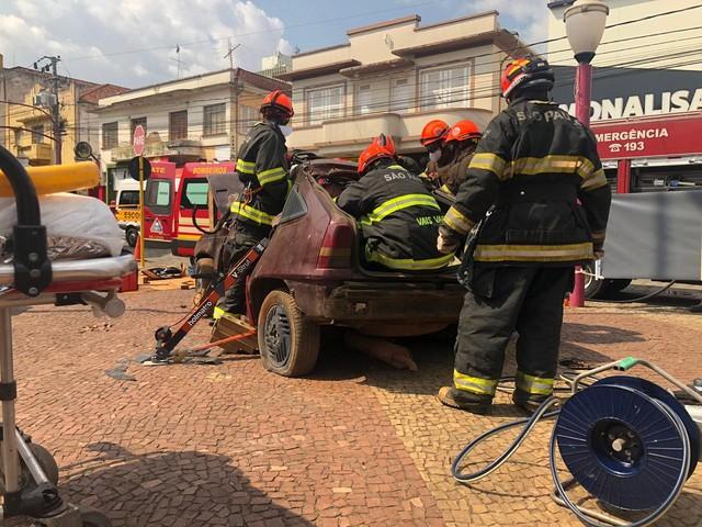 Bombeiros fazem simulação de resgate em Avaré — Foto: Divulgação/Corpo de Bombeiros
