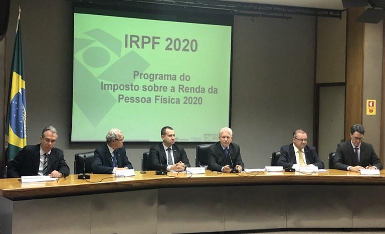Contribuinte que atrasar a entrega do IRPF 2020 pagará multa de 1% sobre o imposto devido ao mês. O valor mínimo é de R$ 165,74. - Foto: Secom/PR
