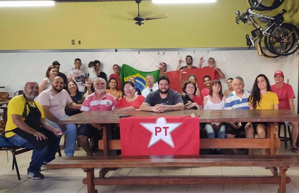 PT mostra união sistemática com grupo do prefeito