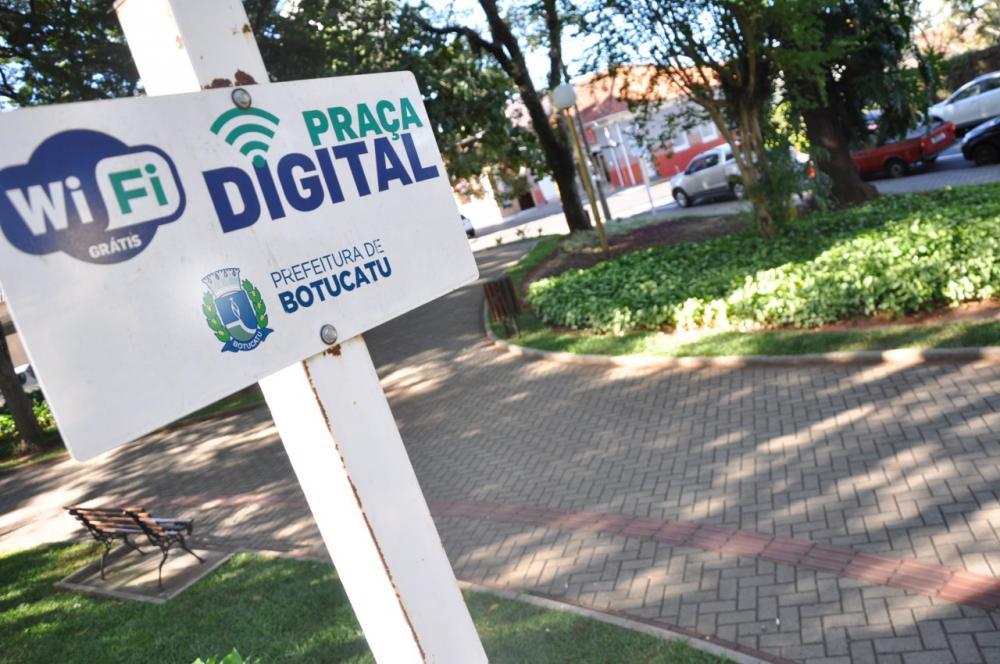 Praça Digital tem novo sistema de cadastro de usuários em Botucatu