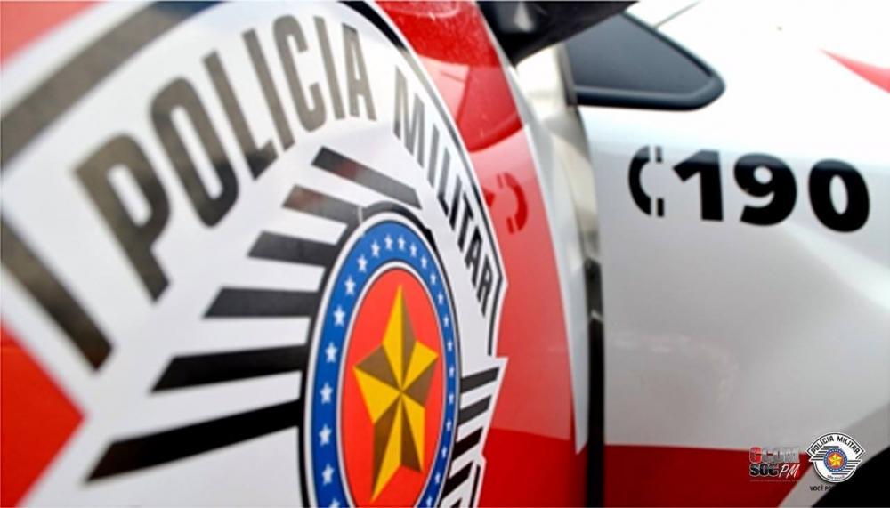 Policiais Militares salvam pessoa que estava em um rio em Arandú/SP