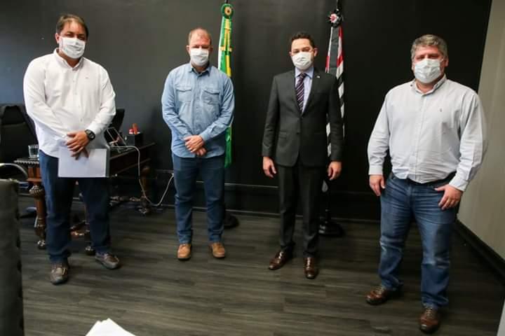 Prefeito de Botucatu faz reunião com Governo do Estado sobre a Covid19